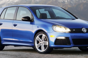 2012 Volkswagen Golf Review