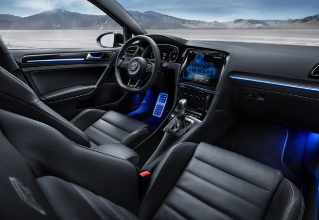 2018 VW Golf SUV Interior