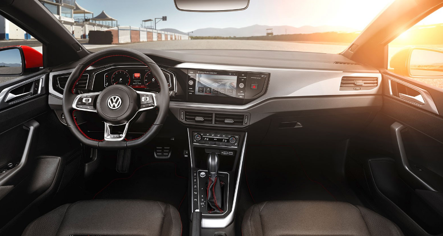 2018 VW Polo Interior