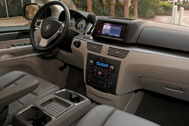 2009 Volkswagen Routan Interior and Redesign