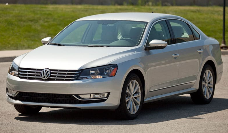 2012 Volkswagen Passat Owners Manual and Concept