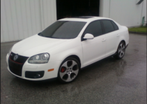 2009 Volkswagen GLI Owners Manual and Concept