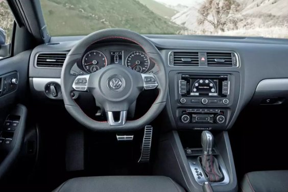 2013 Volkswagen GLI Interior and Redesign
