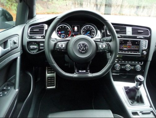2017 Volkswagen Golf R Interior and Redesign